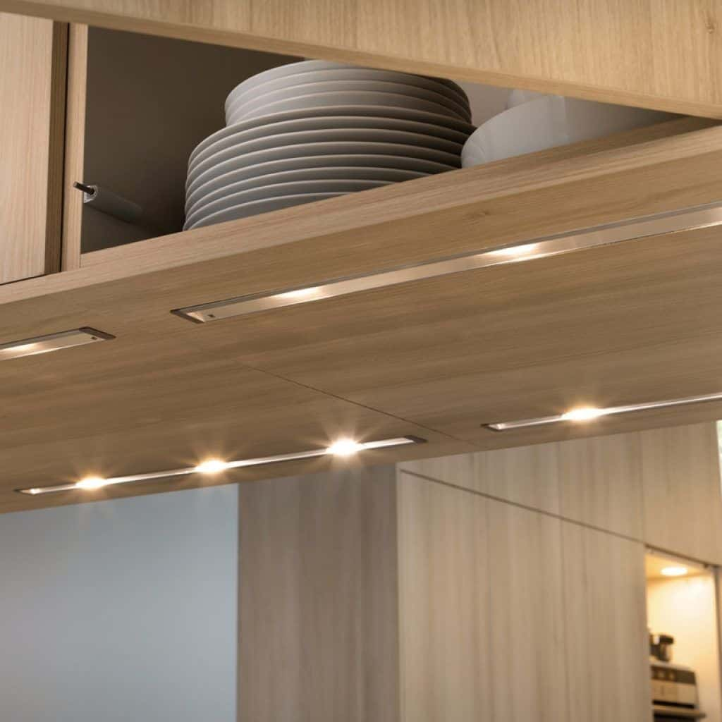 Light Under Kitchen Cabinet: Kitchen-under-cabinet-lights